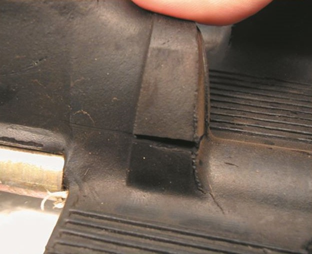 External lug damage